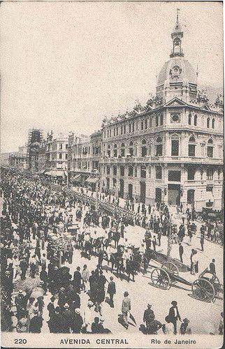 Avenida Central nas Festas de Inauguração | A aniversariante… | Flickr