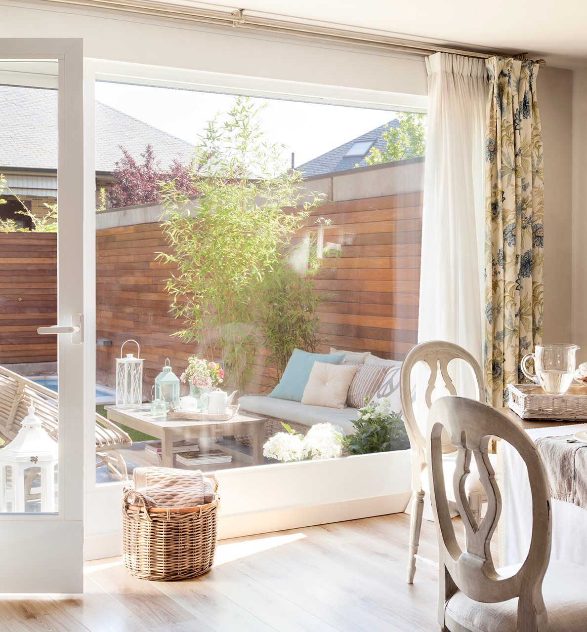 Bay window design exterior  estar exterior  galeria  pinterest  patios porch and verandas