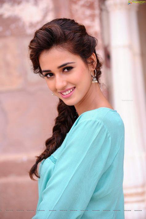 Pin By Yadavrohit On M Disha Patani Beautiful Indian Actress Beauty Smile Disha patani wallpaper zedge