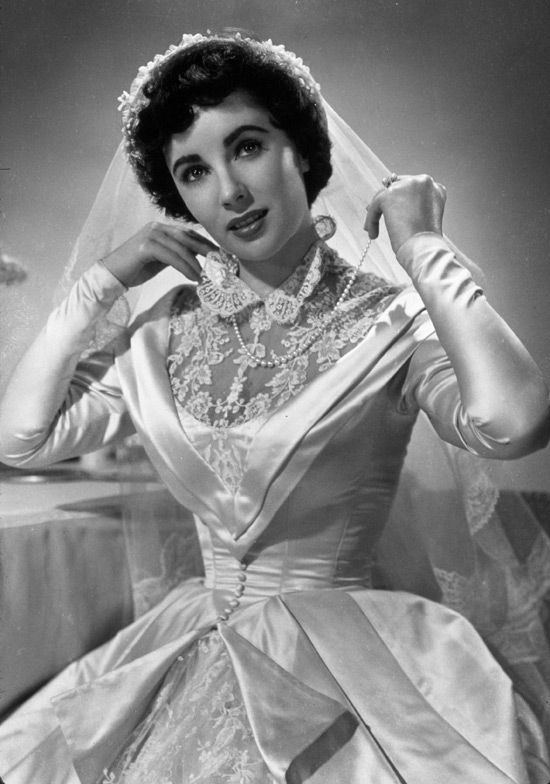 Elizabeth Taylor made the transition from child star to adult star ...