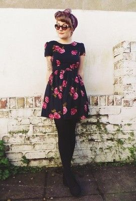 Atmosphere Rozkloszowana Sukienka Kwiaty 36 S Gran 6843228968 Oficjalne Archiwum Allegro Fashion Outfits Dedicated Follower Of Fashion
