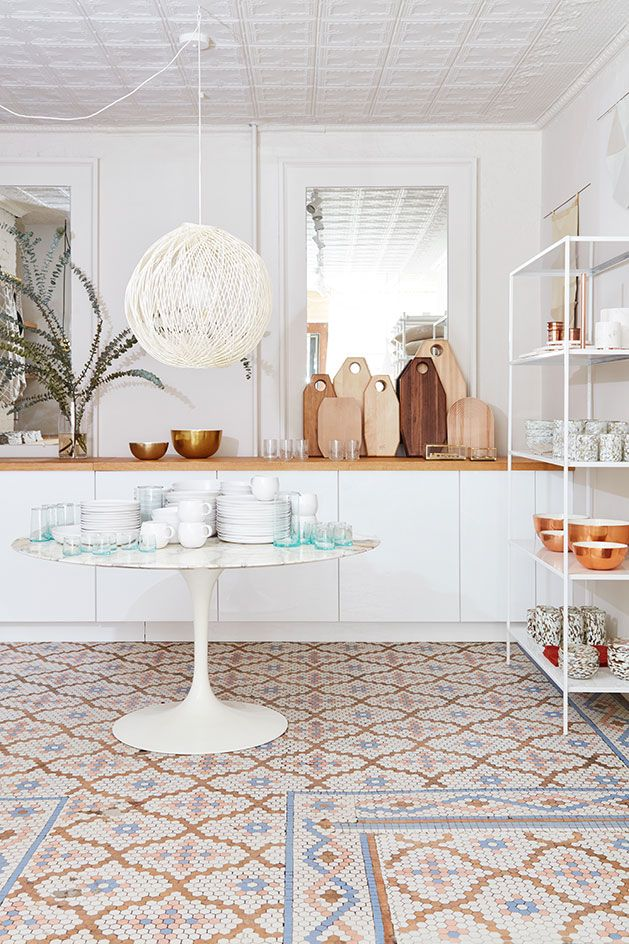 Shop Right Hudson Based Design Shop Hawkins New York Opens A West Village Location Country House Decor Home Decor Home