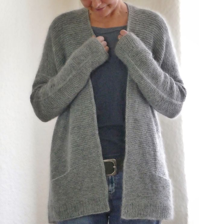 Photo of GIRLFRIENDS CARDIGAN – av Ankestrick {LAMANA ullpakke}