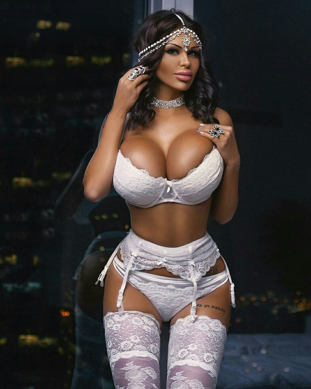 pincharles square on bra | pinterest | exotic, boobs and glamour
