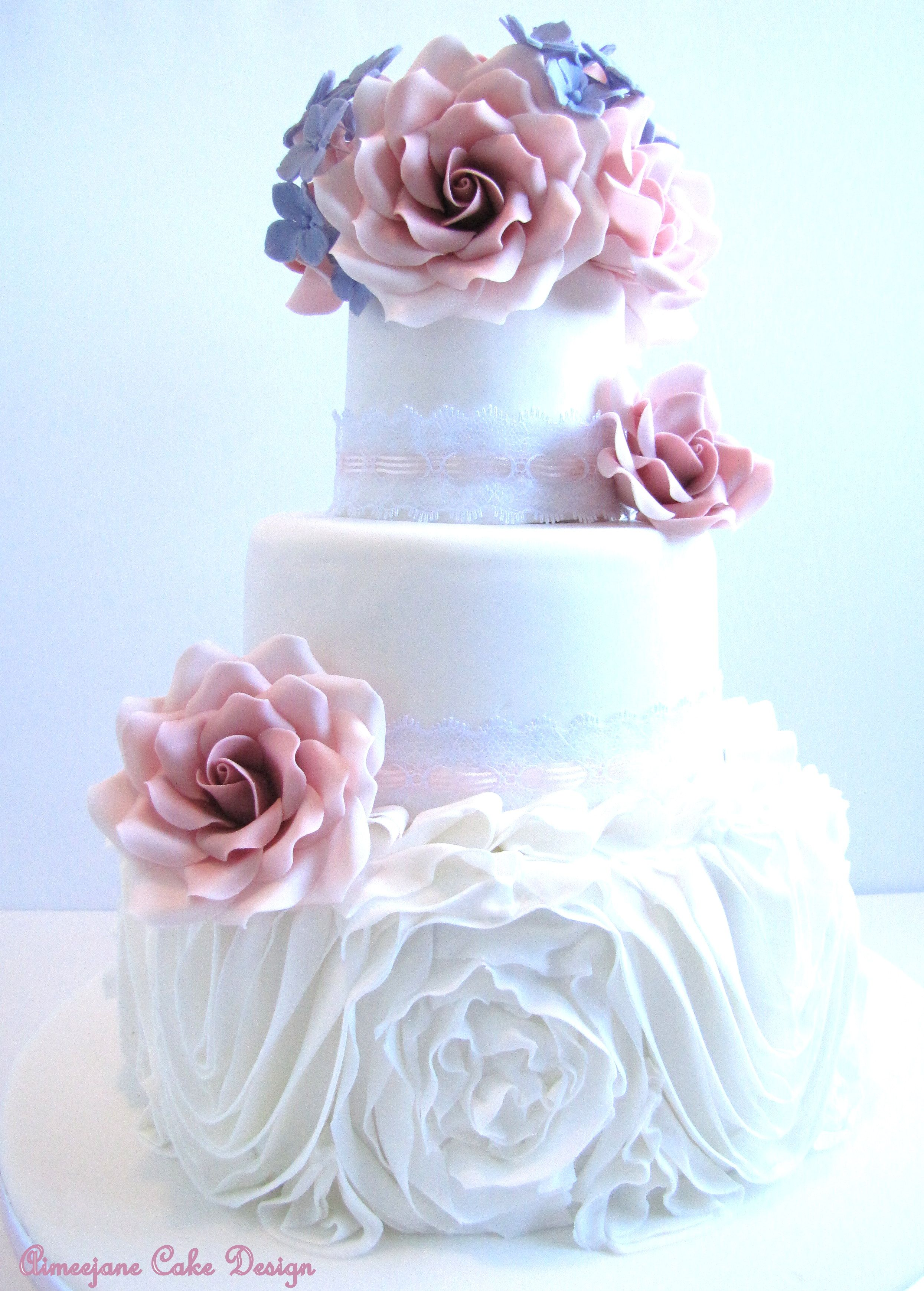 Vintage Chantal Wedding Cake