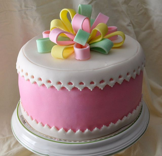 Didem Dalan Birthday Cakes Gingerbread And Cake