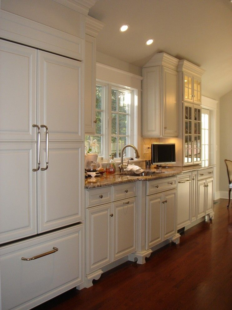 raised panel cabinets Kitchen Traditional with angled ... on Traditional Kitchen Wall Decor  id=26074