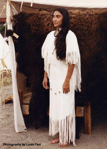pinnancie rebman on native,and native animals   nativos