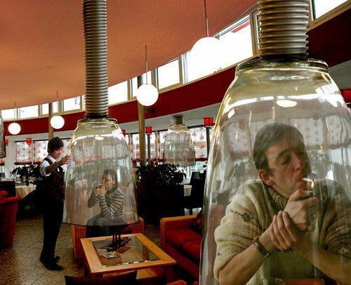 Fumadores en su burbuja