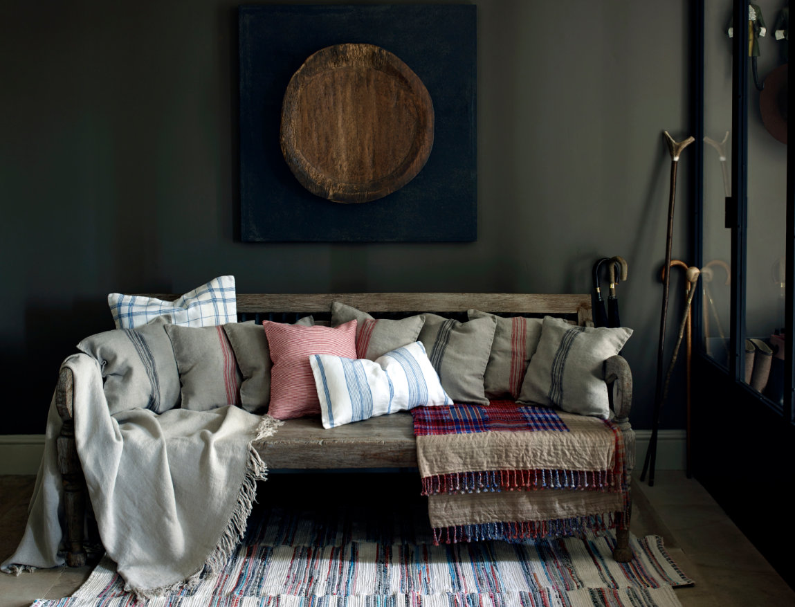 Last week our home editors were excited to check out Zara Home's first store in Canada and they weren't disappointed. Here are just a few of things that inspired them from the collection of bed, bath and table linens, tableware, home accessories and more.
