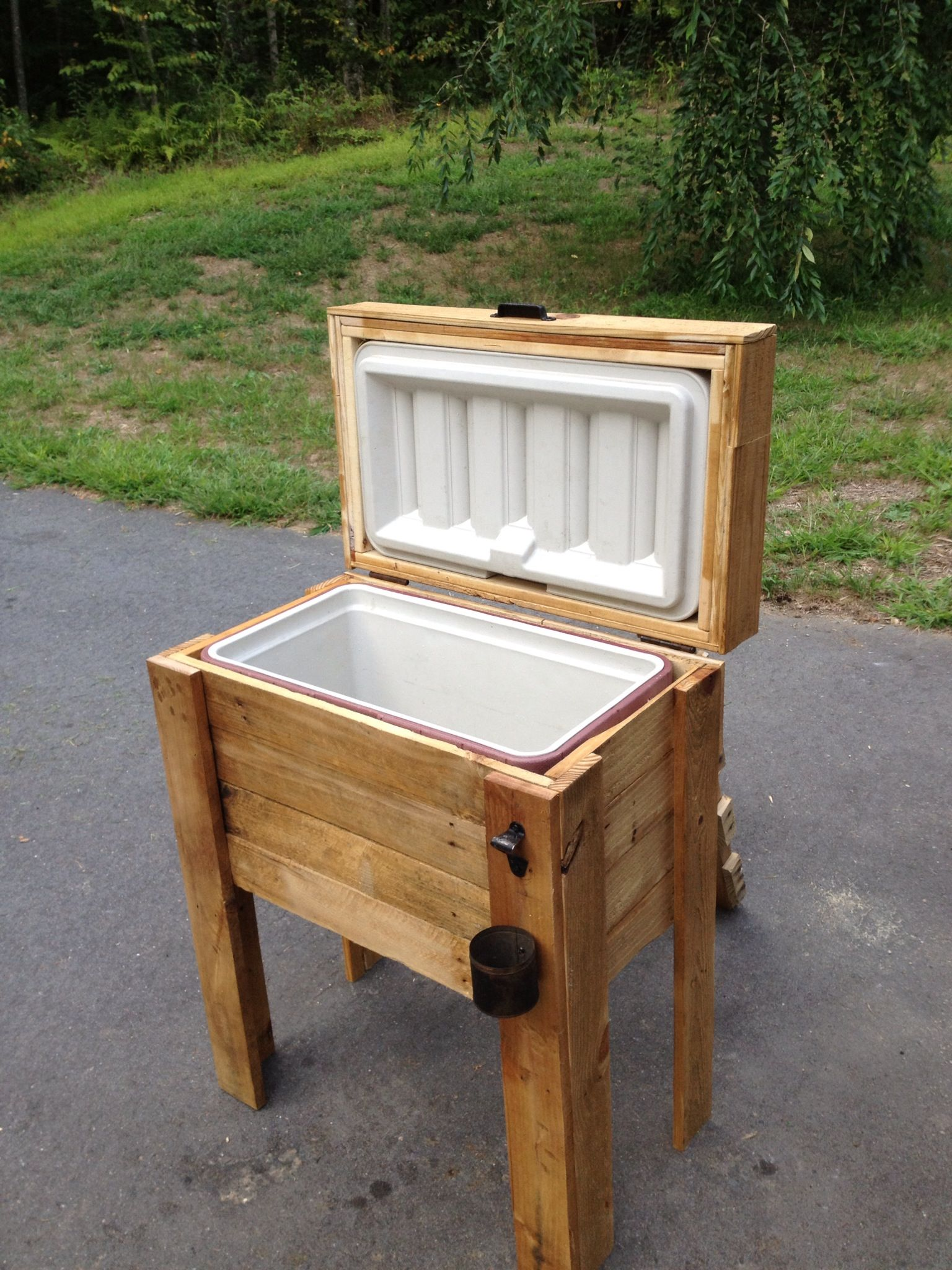 Pin By Kimberly Benjamin On For The Home Wooden Cooler Wooden Ice Chest Patio Cooler