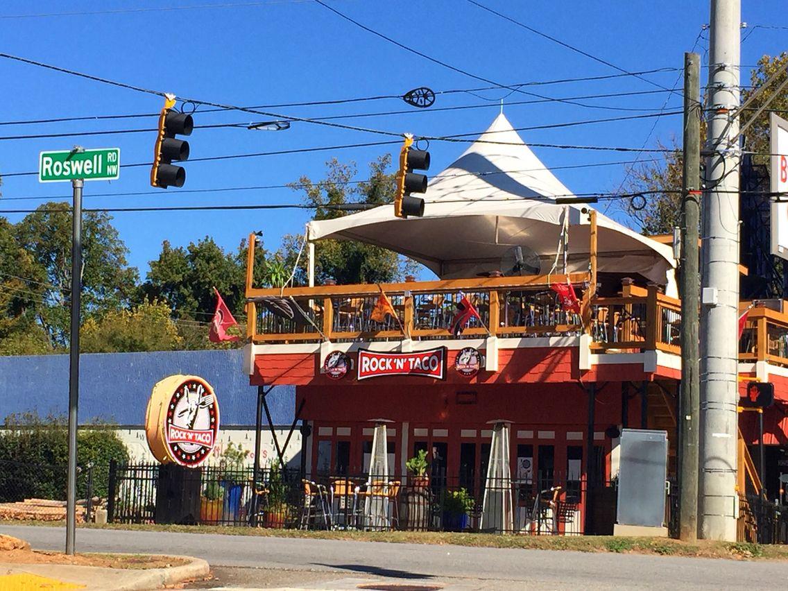 Rock N Taco Taco Time Outside Patio The Neighbourhood