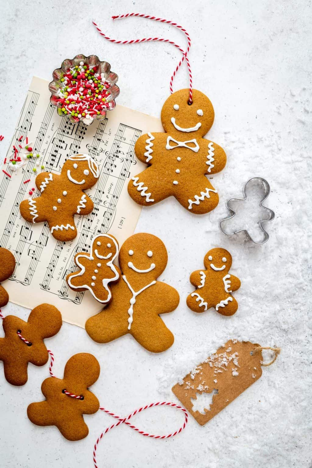 This gingerbread cookie recipe is SO easy to make all in