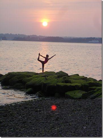 dandayamanadhanurasana in bikram  bikram yoga bikram yoga