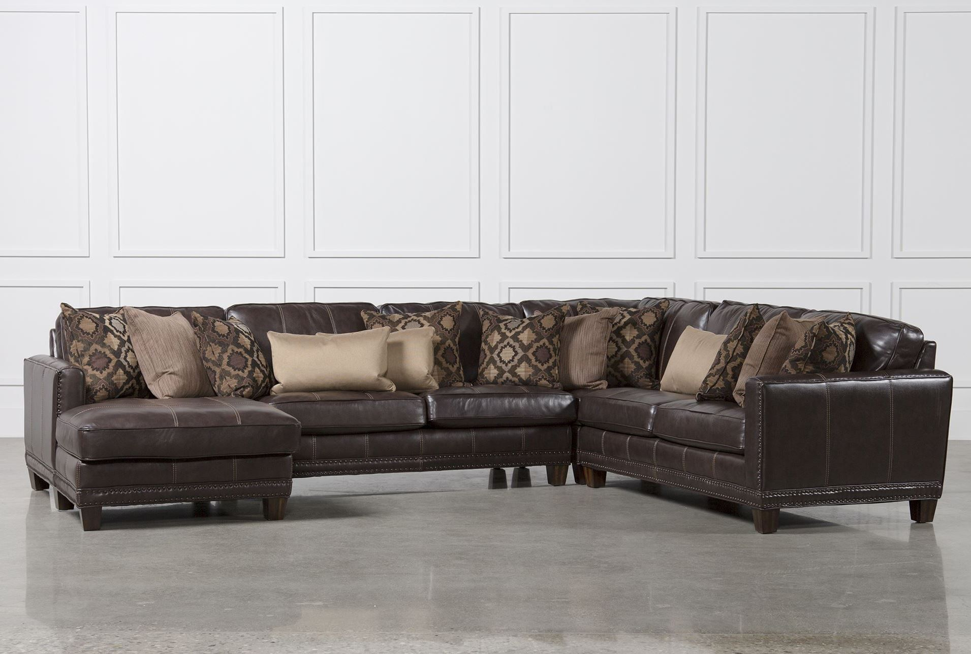 Surprising Barnaby 4 Piece Sectional W Laf Chaise Signature Couches Beatyapartments Chair Design Images Beatyapartmentscom