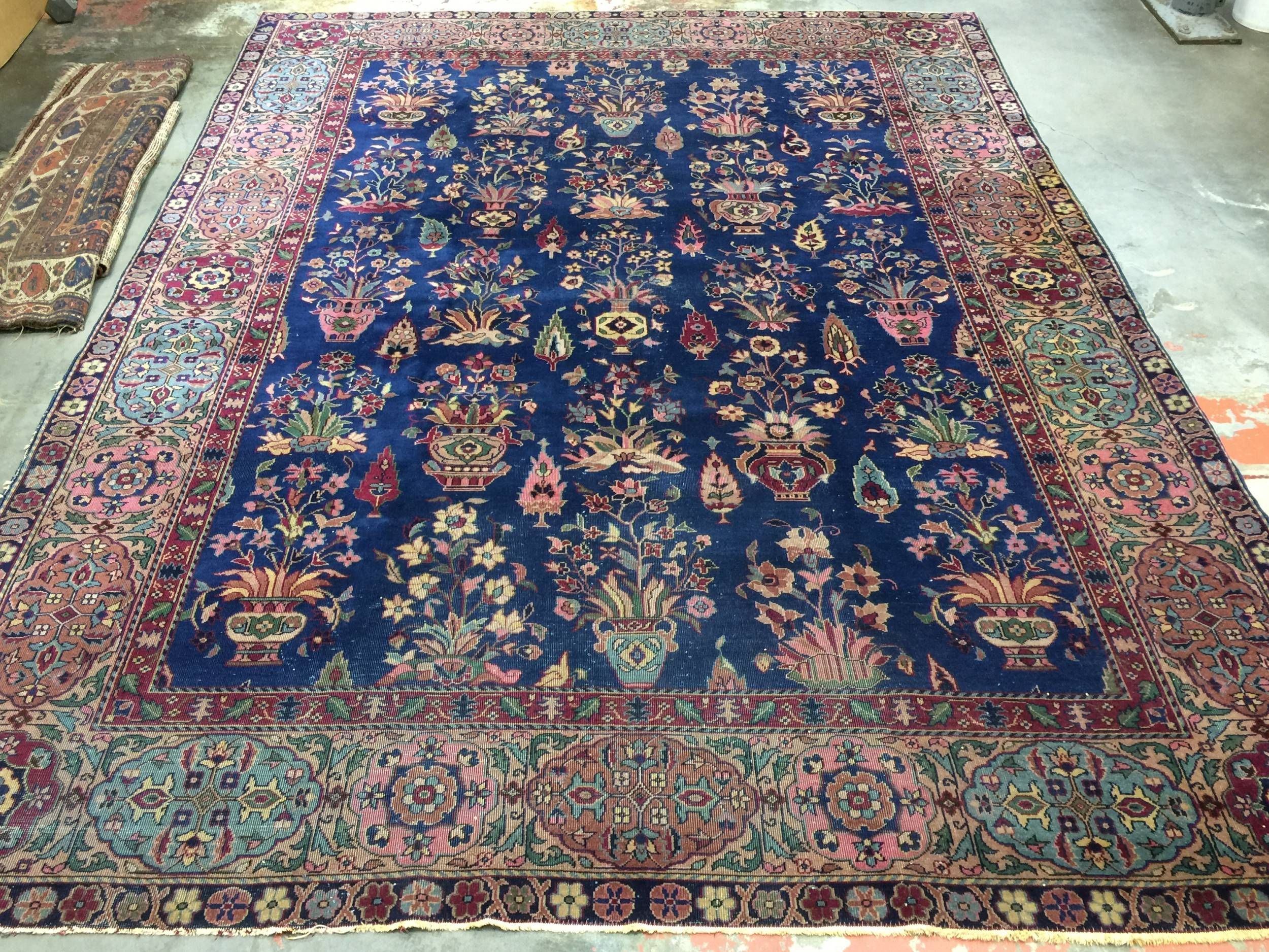Vintage Turkish Rug 9x12 Blue Floral With Images Vintage Turkish Rugs Blue Oriental Rug Turkish Rug