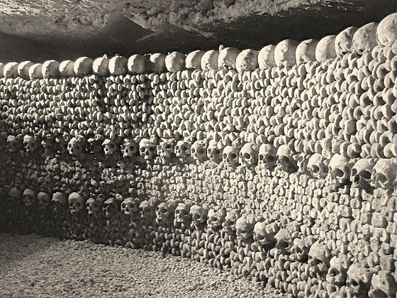Google Image Result for http://fromfrancewithlove.com/wp-content/uploads/2012/03/catacombs1.jpeg