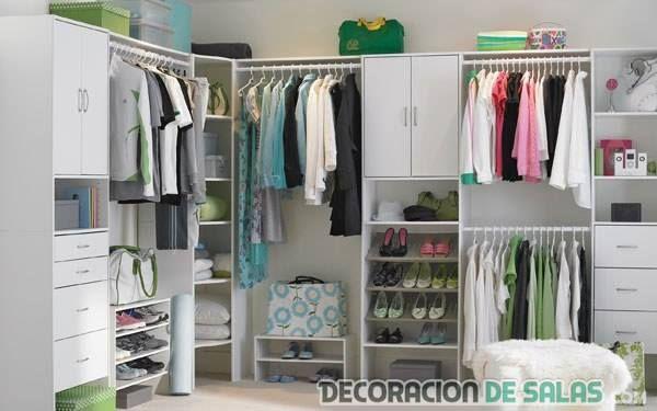 Un vestidor sencillo para nuestras habitaciones http://www.decoraciondesalas.com/los-armarios-sin-puerta-una-idea-muy-especial/1937 #home #sweethome #bathroom #decor #design
