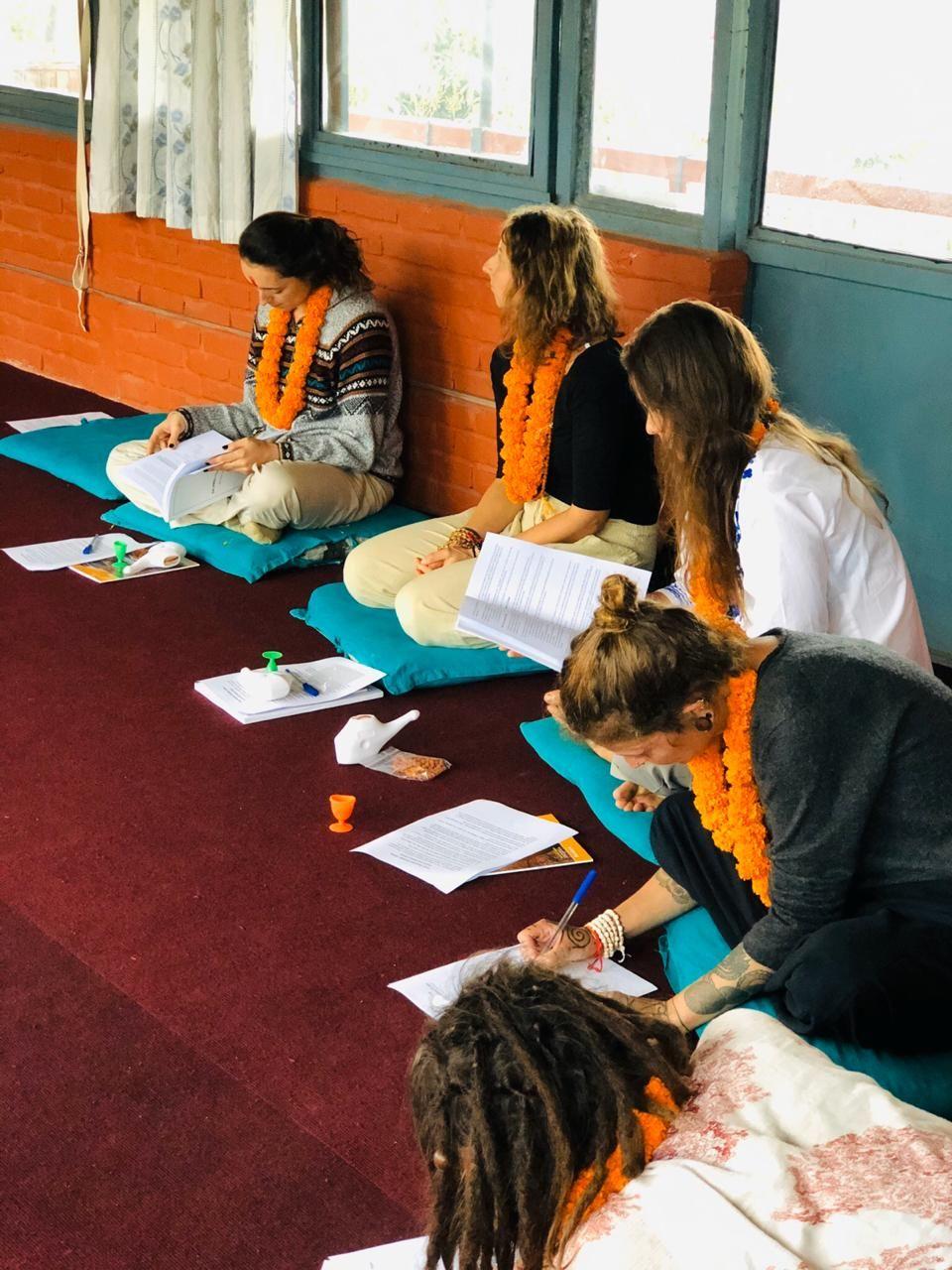 Meditation Training | Meditation teacher training, 200 ...