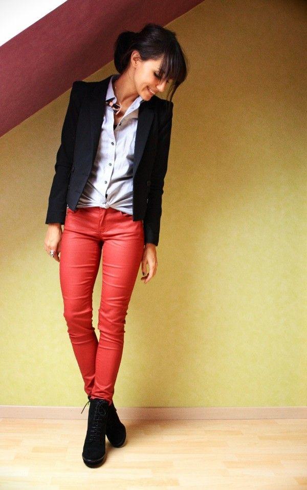 4e5c66f146c63 Le slim. Rouge   Mode féminine   Mode, Vetements et Pantalons rouges