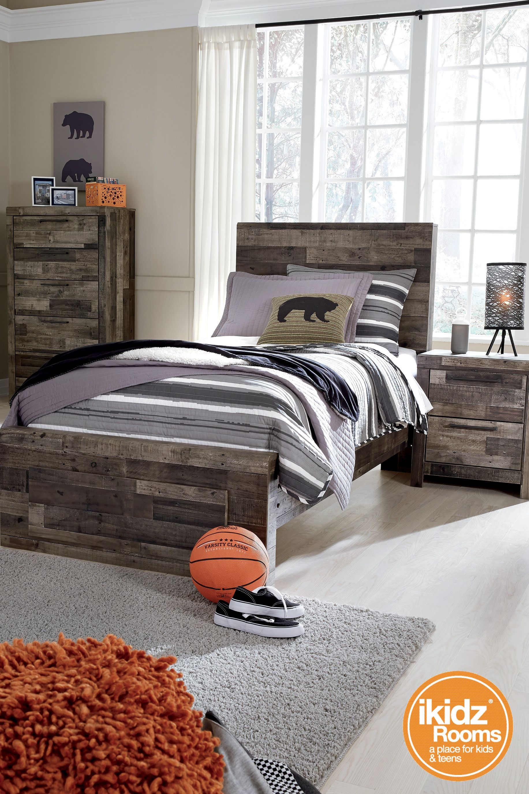 Best Derekson Gray Bedroom Set By Ashley Furniture 400 x 300