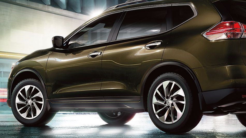 2015 Nissan Rogue Photos & Colors Nissan USA Nissan