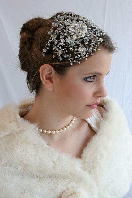 Divine Google Image Result for http://www.bridalwave.tv/wp-content/uploads/2011/12/gatsby_headdress.jpg