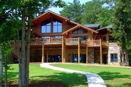 Me encanta sobre todo las ventanas grandes y el ambiente - Casa de la madera ...