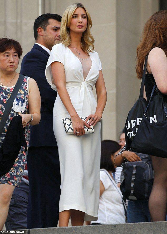 Ivanka Trump Stuns In Chic White Dress As She Attends Vogue Event Ivanka Trump Style Ivanka Trump Outfits Ivanka Trump Hot