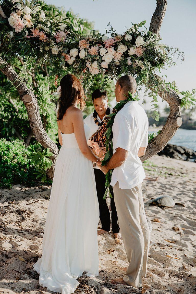 Kukio Beach Wedding, Hawaii Elopement on the Big Island