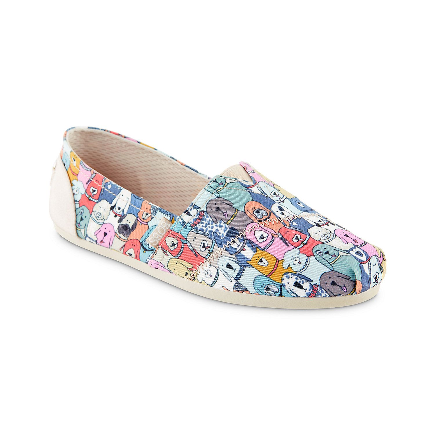 Skechers BOBS for Dogs Doggie Daycare