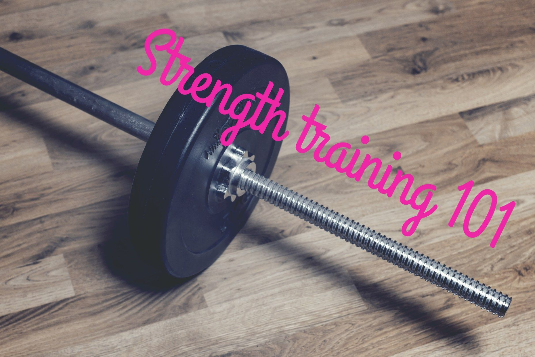 Feel like it's finally time to lift up all those heavy weights you can find in the gym? But you have no idea where to start? Then this post is for you!