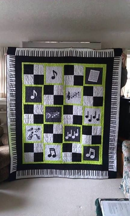 Adorable music themed quilt