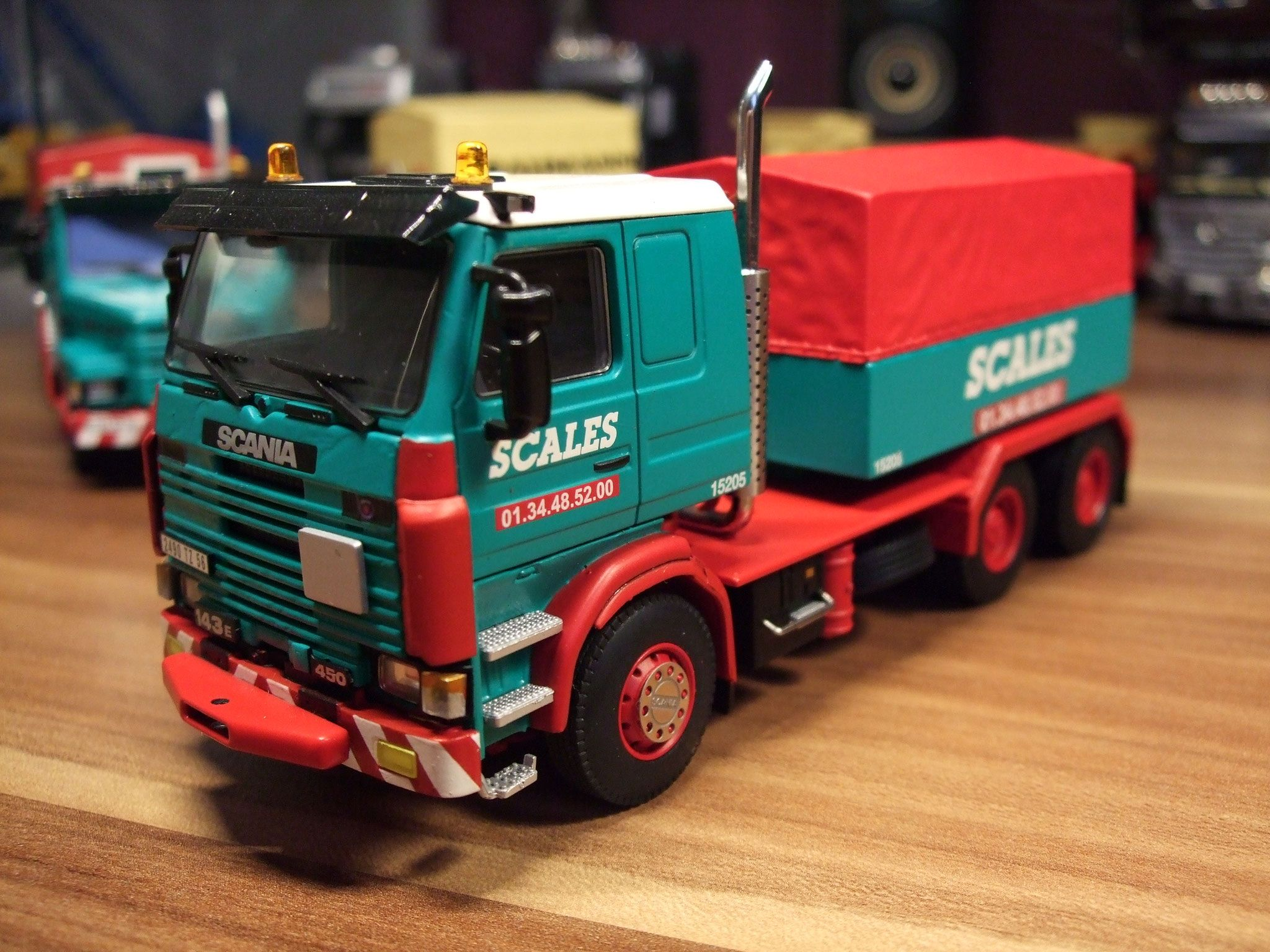 WSI SCALES Scania 06-1015