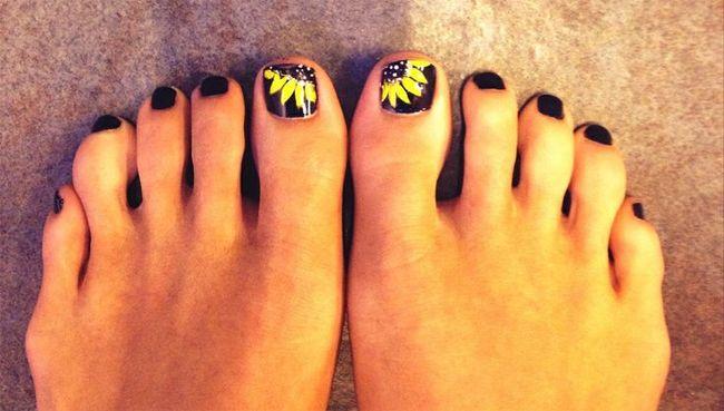 Creative Women Sunflower Nail Art For Foot Nail Art Pinterest