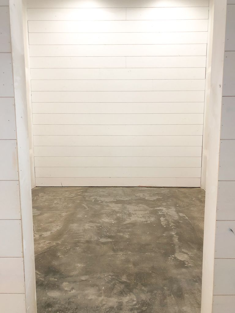 Diy Farmhouse Laundry Room Concrete Floor Concrete Floors