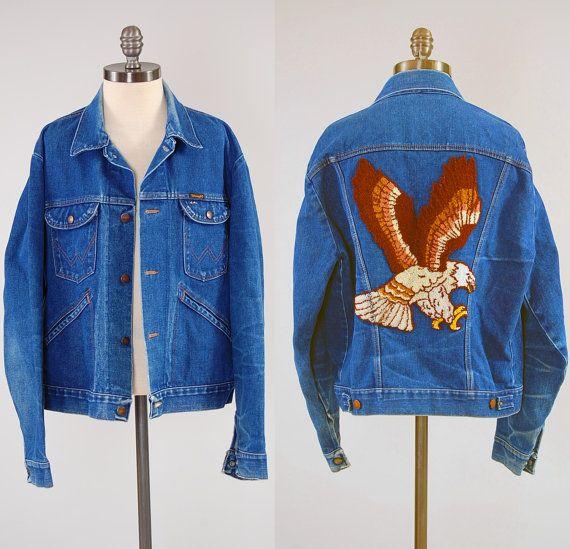 Vintage 70s WRANGLER denim jacket huge EAGLE embroidery / Trucker style  jean jacket / Mens size 44
