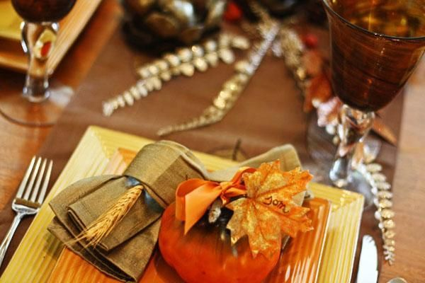 Thanksgiving idea for placesetting - Easy Thanksgiving Decorations -