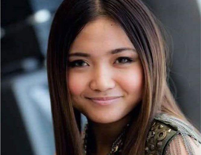 Glee Actress #CharicePempengco Comes Out as #Lesbian click photo - Flex Well Küchen