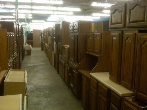 Interior Cheap Used Kitchen Cabinets habitatsrestorewantsyoutoknowthatithashundredsofgood used kitchen cabinets