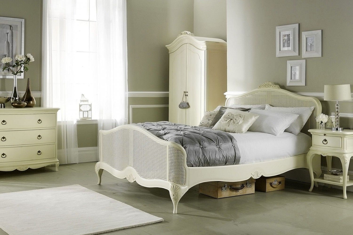 Ivory Painted Bedroom Furniture - Best Color Furniture for You