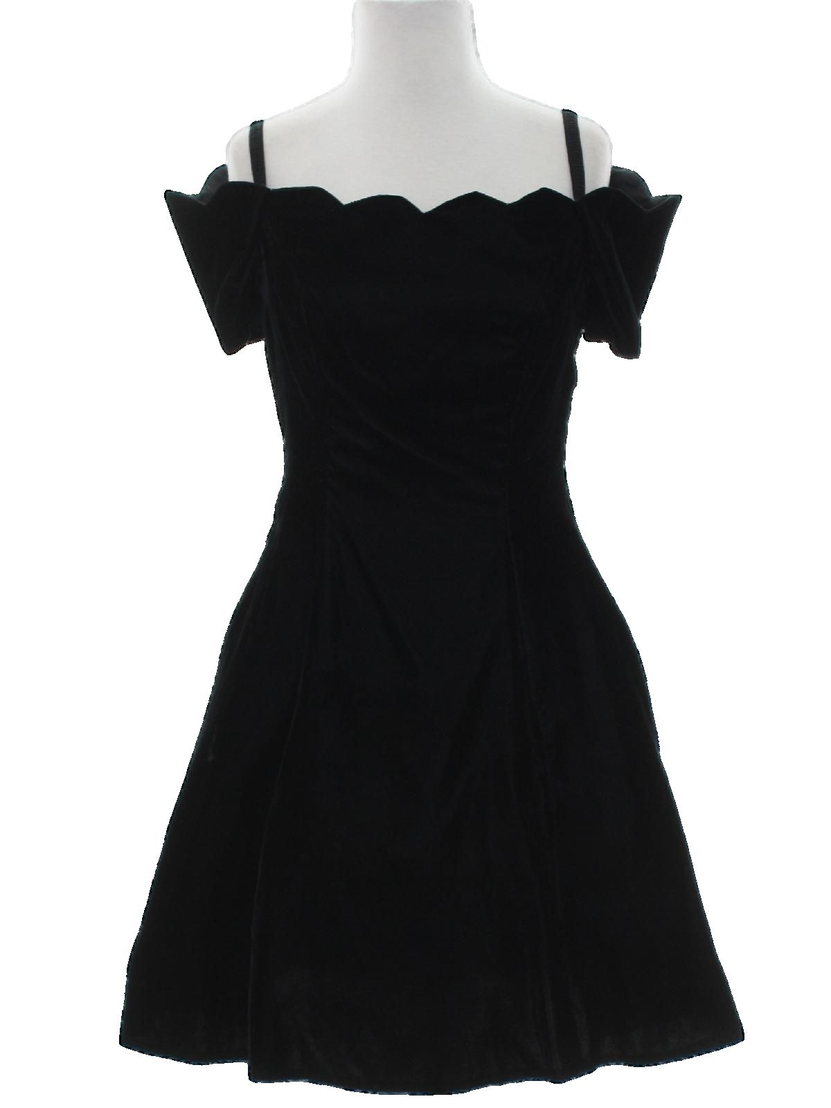 fd0dae8a21d 80s Vintage Steppin Out Cocktail Dress  Late 80s or Early 90s -Steppin Out-  Womens black background rayon velvet elastic spaghetti strap sleeveless  Totally ...