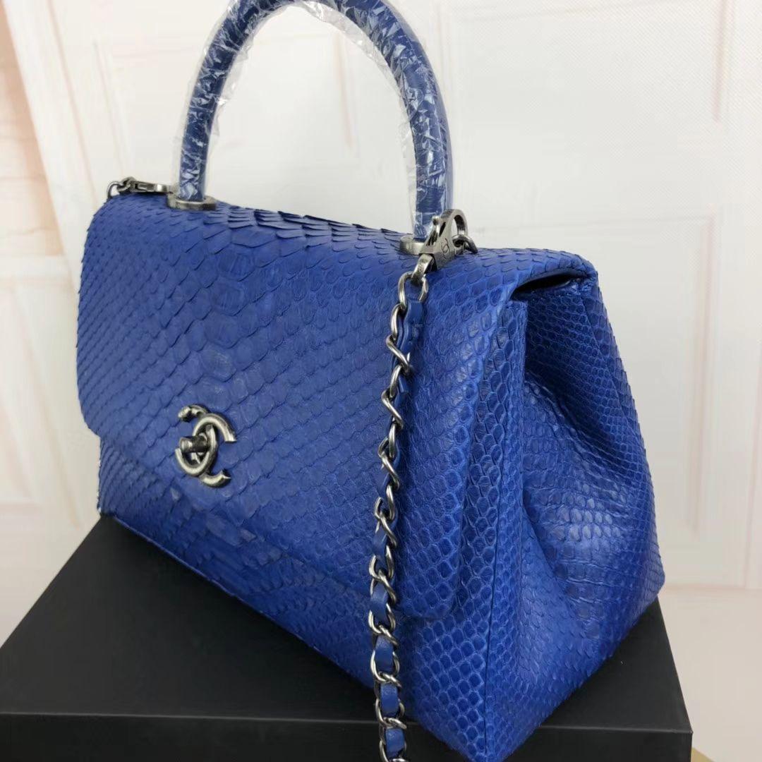 Pin By Bag Shose Dubai On Handbag With Images