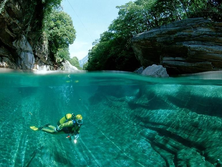 Did you ever think of going scuba diving in Switzerland? Probably not - but this is a really special experience: Diving the crystal clear waters of a small river in the mountains of the southern Canton of Ticino. Best time: fall