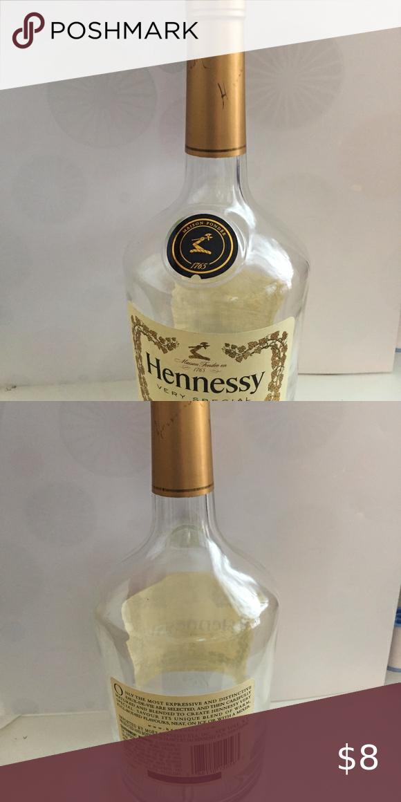 Copy Hennessy 1 Liter Sized Empty Bottle In 2020 Bottle Empty Glass Bottles Empty Bottles
