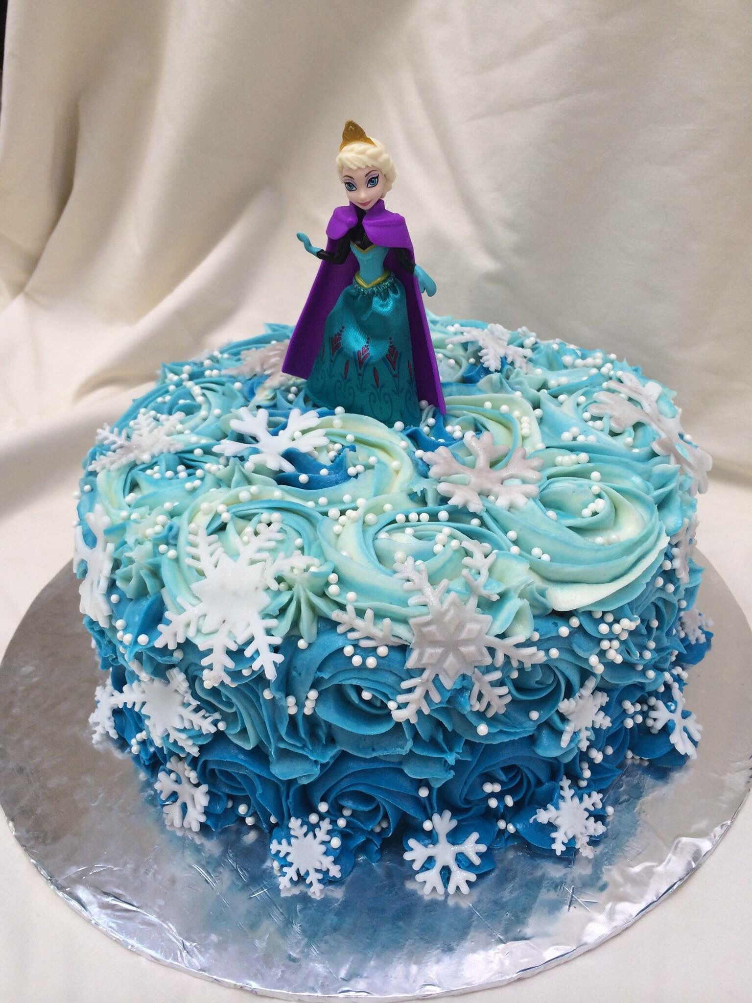 Elsa Teal And Blue Rosette Snowflake Birthday Cake By Inphinity