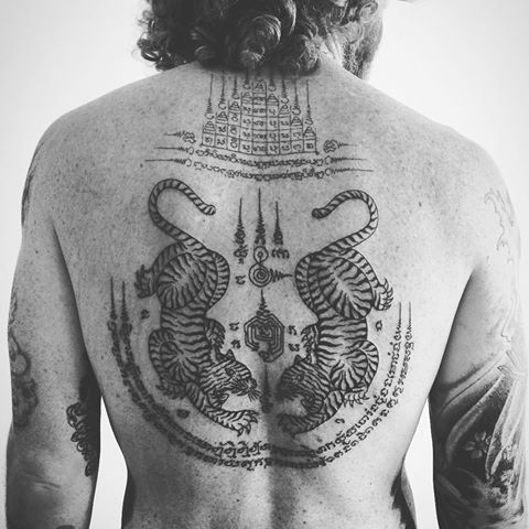 Muay thai tattoo symbols and meanings muay thai tattoo for Thailand tattoo meaning