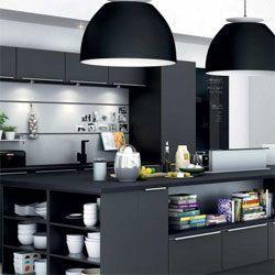 Vil du have et funky sort køkken? Vi har set på mulighederne hos HTH ...