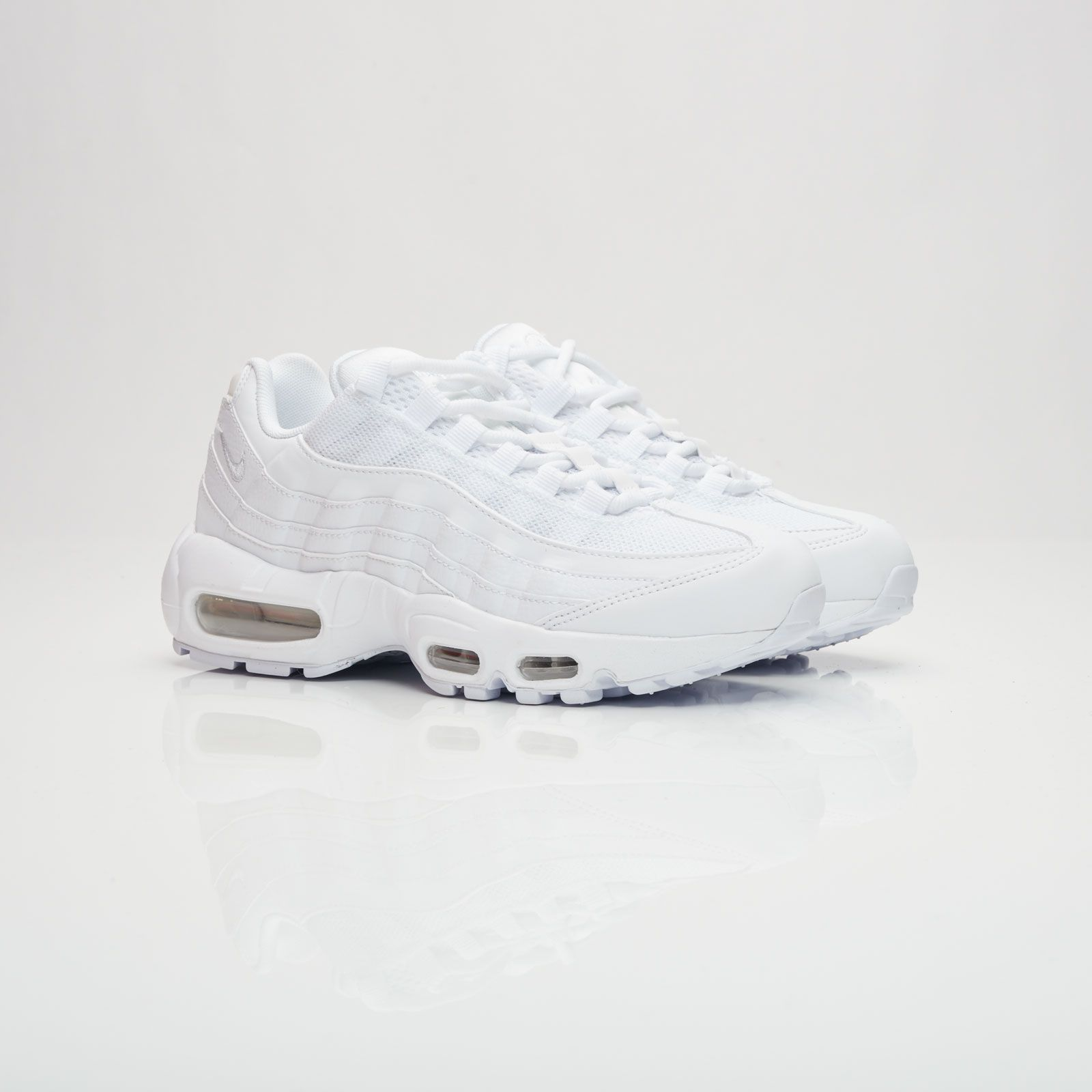 86f86249fb Nike Wmns Air Max 95 | Sneakers | Pinterest | Air max 95 and Air max