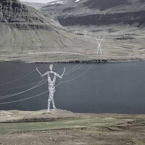 В Исландии установят электрические столбы в виде необычных шагающих железных гигантов. Зрелище впечатляющее.